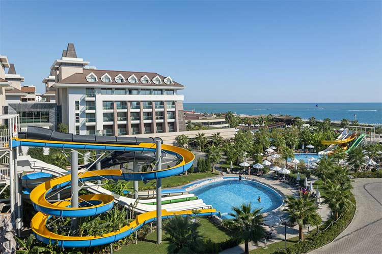 انتخاب هتل در آنتالیا