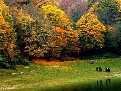 تور ماسوله دریاچه سقالکسار قلعه رودخان.amordadtour.com