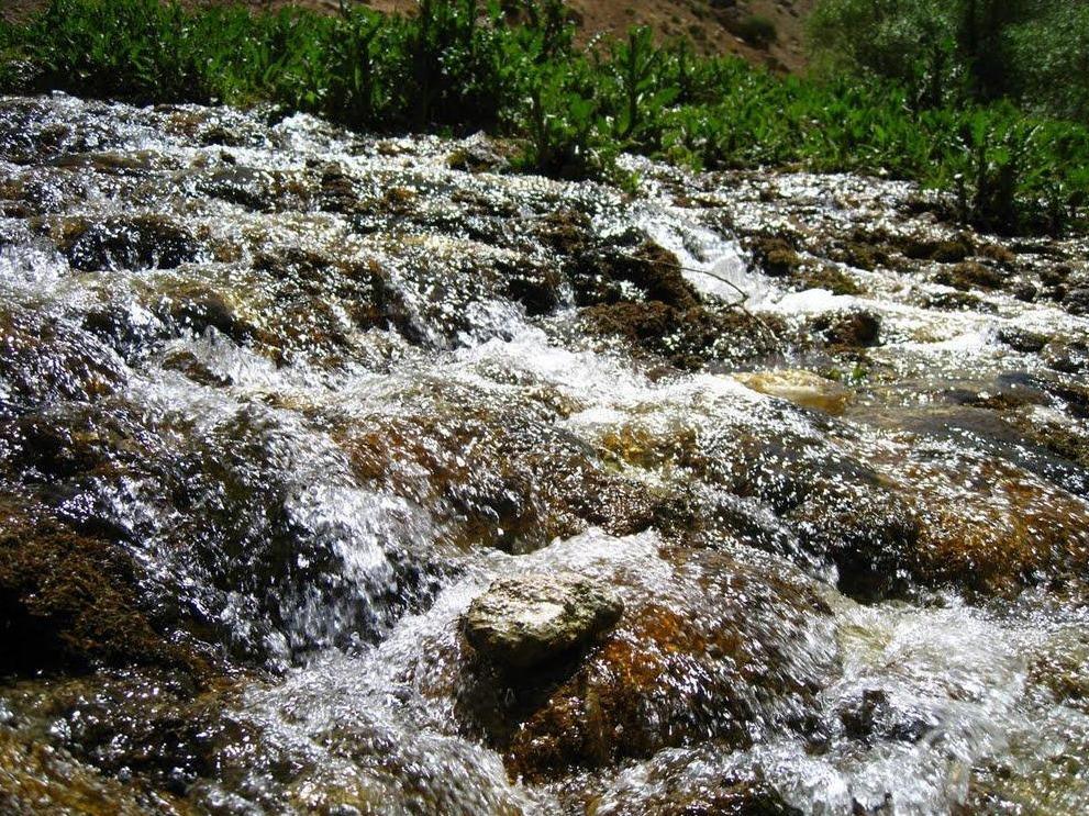 تور آبشار آب سفید آبشار پونه زار.amordadtour.com