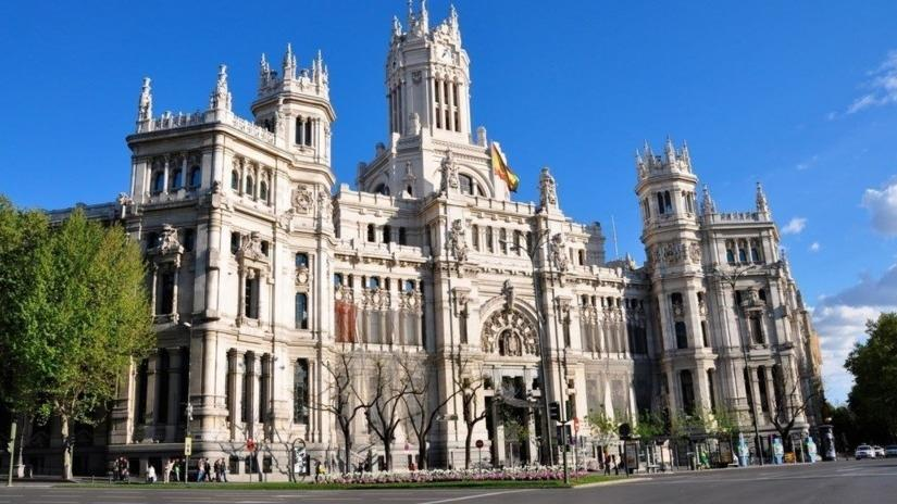 تور اسپانیا.amordadtour.com