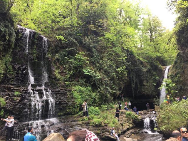 تور آبشار زمرد حویق امرداد تور
